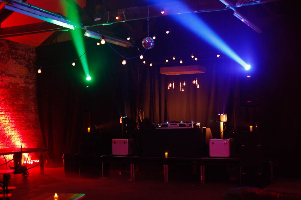 Event Lighting Solutions, Retro lighting, festoon lighting, old school lighting